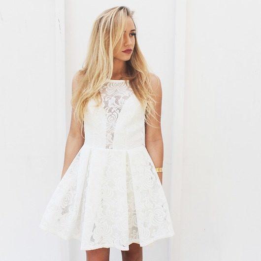 Biała sukienka na wesele Magazyn Pakamera.pl